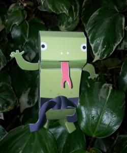 paper-toy-komodo-ivy